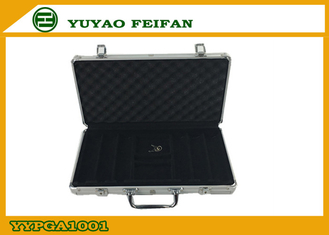 China 300 Pcs Sliver Aluminum Poker Cases Play Gaming Accessories 300ct Alum Poker Chips Case supplier
