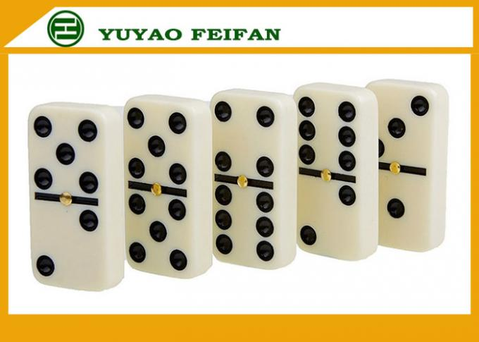 Personalized Double Six Travel Dominoes Game Set For Family Games 50 * 25 * 10mm